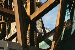 Ile waży drewno konstrukcyjne na domy szkieletowe?