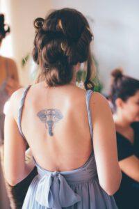 Etapy gojenia się tatuaży. Co powinno nas zaniepokoić?